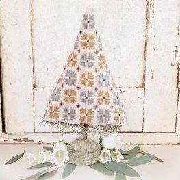 Схема Spring Quilt Tree Hello from Liz Mathews