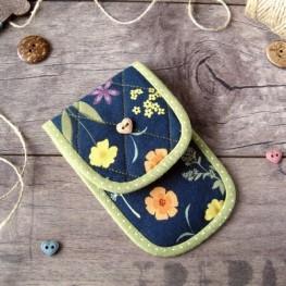 Чехольчик для ножниц (синий в цветочек)