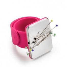 Игольница на руку c силиконовым браслетом Prym 610283