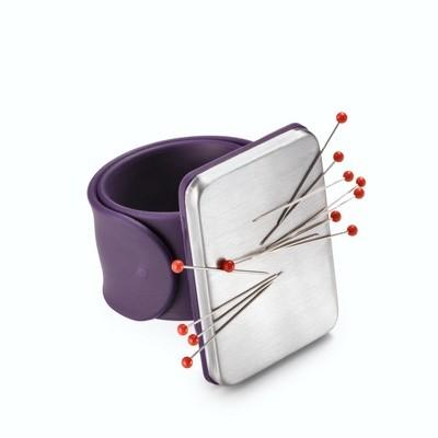 Игольница на руку c силиконовым браслетом Prym 610282