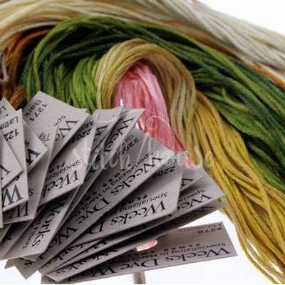 Комплект нитей Weeks Dye Works Dreaming of Roses Rosewood Manor