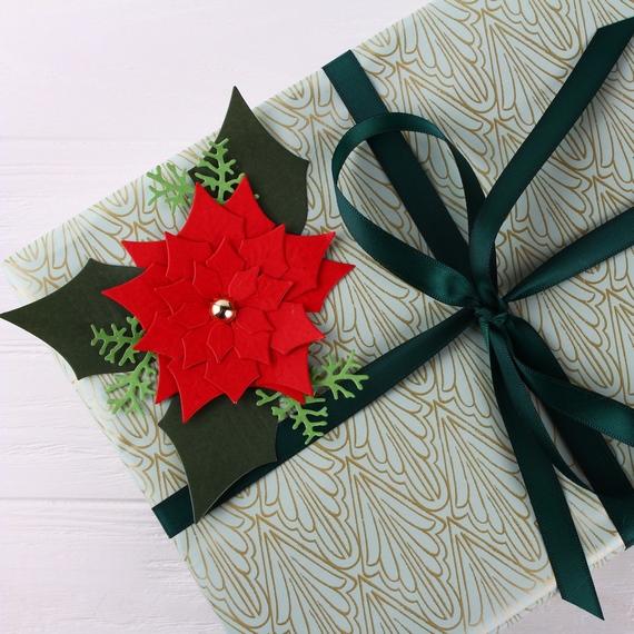 Подарочная упаковка, пуансеттия, атласная лента
